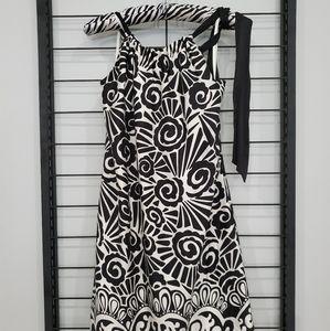 Dress Sz 2 - White House Black Market